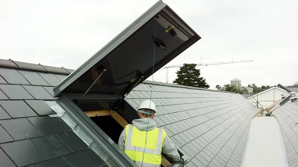 Working on roofs: Ensure Safety with a Good Roof Access System